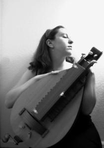 Kathleen Schmidt, hurdy-gurdy and mezzo-soprano
